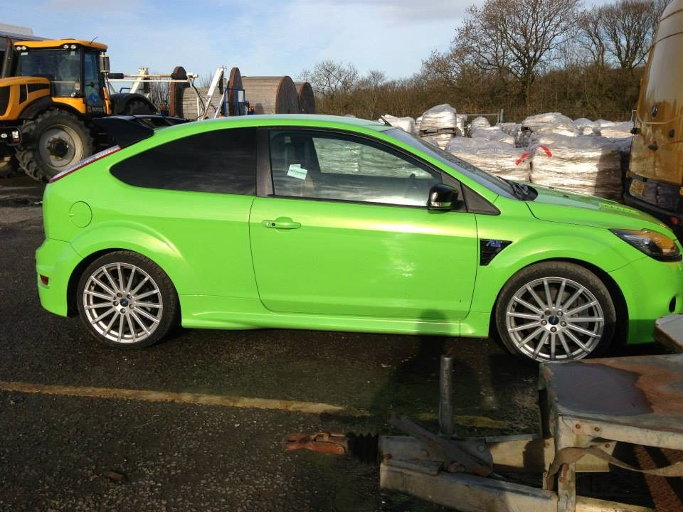 Green Ford Focus ST Respray